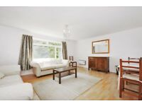 A well-presented 2 bed flat to rent in central Wimbledon. Parker Court, Denmark Avenue, SW19
