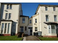 LOVELY 1 BEDROOM FLAT TO RENT ON NEWPORT ROAD £750 ALL BILLS INCLUDED !!