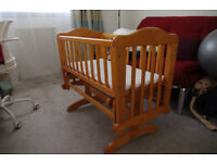 Mothercare Rocking / Swinging Crib Cot good condition