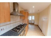 NICE 3 BEDROOM HOUSE IN NEWBURY PARK - PART DSS - £1700