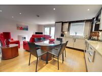 Sandbanks/ Bournemouth: Fully furnished, Two bedroom apartment set in highly desired location.