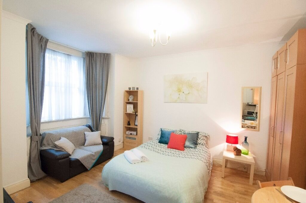 Generous size, outstanding location, good price! W14 £285 pw