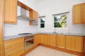Very large Three Bedroom, Two Bathroom unfurnished Apartment in Hampstead £850pw