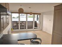 Sunny, contemporary, 2 bedroom apartment, Stoke