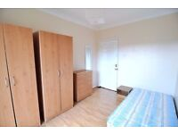 WOOOW! PRIVATE BALCONY! MASSIVE KITCHEN! JUST NEXT TO LONDON FIELDS!