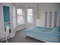*Beautiful 5 Star Room Available*... With En-Suite - In Parkstone, Poole!