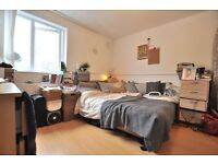 Large 4 bedroom, 2 bathroom house near Old St / Angel N1