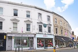 A lovely two bedroom flat to rent on the High Street in Wimbledon Village