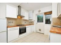 Essex Road-*4 double bedroom house, available now* Viewings available today!