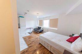 Studio to rent £1,050 pcm (£242 pw) Cranbrook Road, Ilford IG1