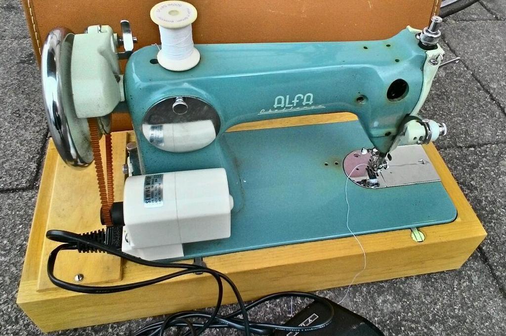 Alfa Challenge Heavy Duty Semi Industrial Vintage Sewing Machine Ym