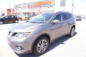 2015 Nissan Rogue SL DÉMO, $245.15/2SEM. TX INCLUSE