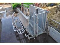 Sheep roll-over - roll over - crate by Ironworks - EXCELLENT WORKING ORDER LIKE NEW - no VAT