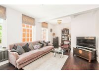 BEAUTIFUL & FULL OF CHARACTER 3 BED FLAT AVAILABLE TO RENT IN WESTMINSTER