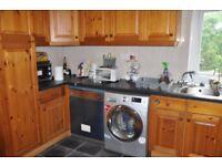Spacious 3 Bedroom Flat to rent in Harrow
