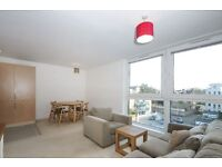 One Double Bedroom Apt, SW18 close to St Johns HIll and Wandsworth Common £1500pcm available now