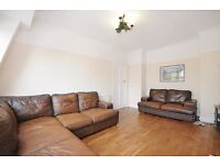 LARGE THREE BEDROOM FLAT TO RENT IN EALING WEST LONDON, FURNISHED & AVAILABLE NOW