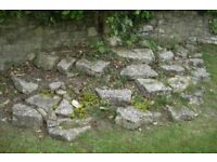 Rockery large stones , good garden decor price for the lot.