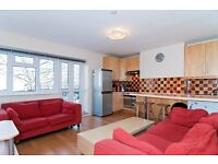 Bright Rooms in A Lovely Flat Share, peaceful area !