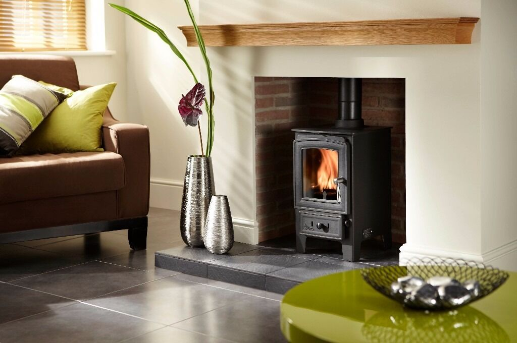 UK MADE VILLAGER HERON 5KW STOVE MULTI FUEL TOP QUALITY MASSIVE SAVING AGAINST RRP ONLY £450