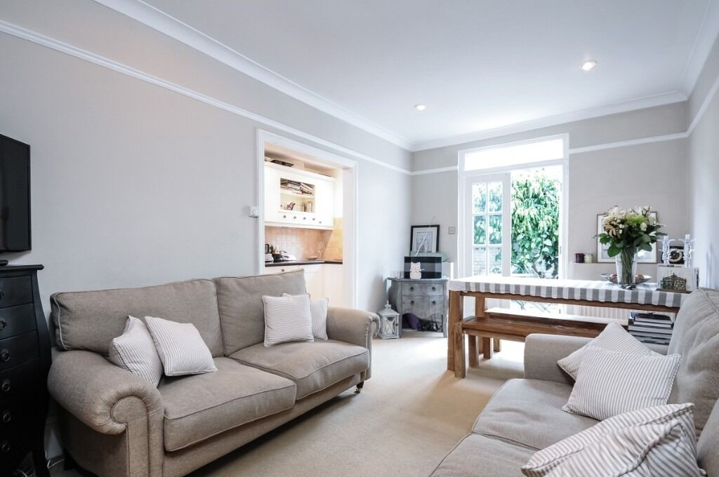 A beautifully presented two double bedroom split level property, Mirabel Road, SW6