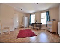 Large 2 bedroom flat in Chapel Market, Angel N1