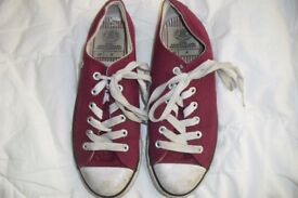 """SIZE 4 PAIR RED LACE UP PUMPS MAKE """"DUNLOP"""" COST £15 HARDLY BEEN WORN"""