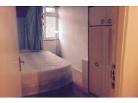 Great single room in Aldgate east ( double bed )