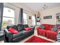 One double bedroom apartment to rent in Clapham Junction, Severus Road, SW11 - £1360 PCM