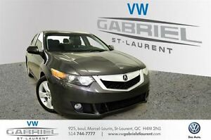 2009 Acura TSX 6Speed with Tech  NEVER ACCIDENTED !  RARE!
