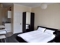 STUNNING STUDIO IN SW4 CLAPHAM COMMON & HIGH STREET, FURNISHED, SPACIOUS AND DIRECT LANDLORD