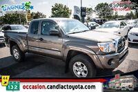 2011 Toyota Tacoma V6 * AUTO * AC * 4x4 * TRES PROPRE *