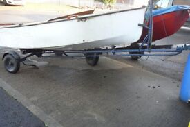 COMBI SAILING DINGHY TRAILER - SUITS BOATS/ DINGHIES UP TO 14 FEET