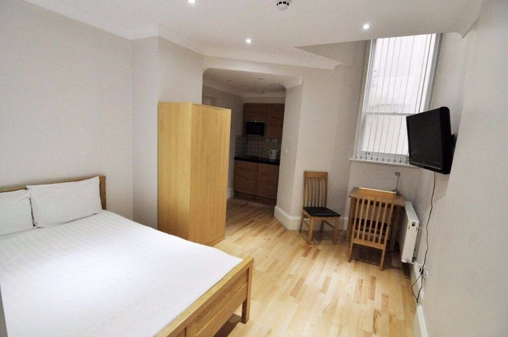 -Modern studio on Courtfield Gardens, perfect for students at Imperial College***all bills inclusive