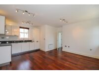 A beautifully presented apartment on Hazlewood Mews. SW9