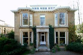First floor of West End detached stone villa, beautiful secluded large appartment in desirable area.