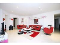 INCREDIBLE 3 BED / 3 BATH- ALL BILLS INC APART FROM COUNCIL TAX- MINS FROM FINCHLEY RD STN- MUST SEE