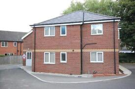 2 bedroom flat in Falcon Mews, Cleethorpes, N E Lincolnshire, DN35