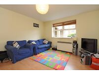 A SPACIOUS TWO DOUBLE BEDROOM GROUND FLOOR FLAT ON COATES AVENUE, BATTERSEA
