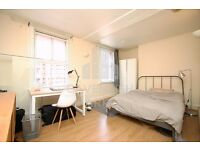 SPACIOUS 3 BED- MINS TO OLD ST TUBE STN- GREAT FOR STUDENTS & SHARERS- FURNISHED THROUGHOUT
