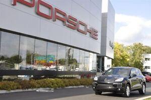 2014 Porsche Cayenne platinum Pre-owned vehicle 2014 Porsche Cay