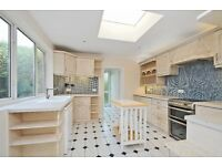 SYD - A spacious three bedroom house to rent in a Raynes Park apostles street with private garden