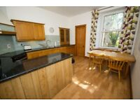 Beautiful self-contained 2 bedroom flat with large garden