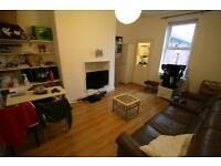 3 bedroom flat in Helmsley Road, Sandyford, Newcastle Upon Tyne, NE2