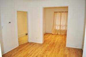 ***   Spacious Home Looking For A Great Family!!     ***  42E