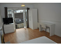 Lovely spacious room available in a flat share just next to fashionable Bermondsey Street