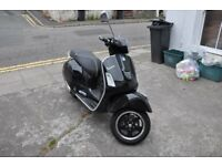 Vespa 300 GTS Super ABS