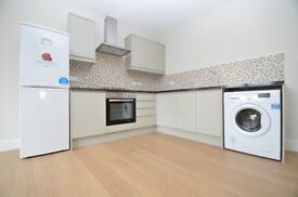 2 DOUBLE BEDROOMS, SHORT WALK TO SHOPS AND WOODSIDE PARK STATION.. AVAILABLE NOW !!