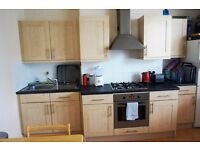 Two double bedroom flat - two bathrooms, Finchley Central - £1,395 pcm **Water bill included**
