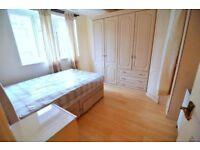 Spacious double room in Elephant & Castle- Zone 1